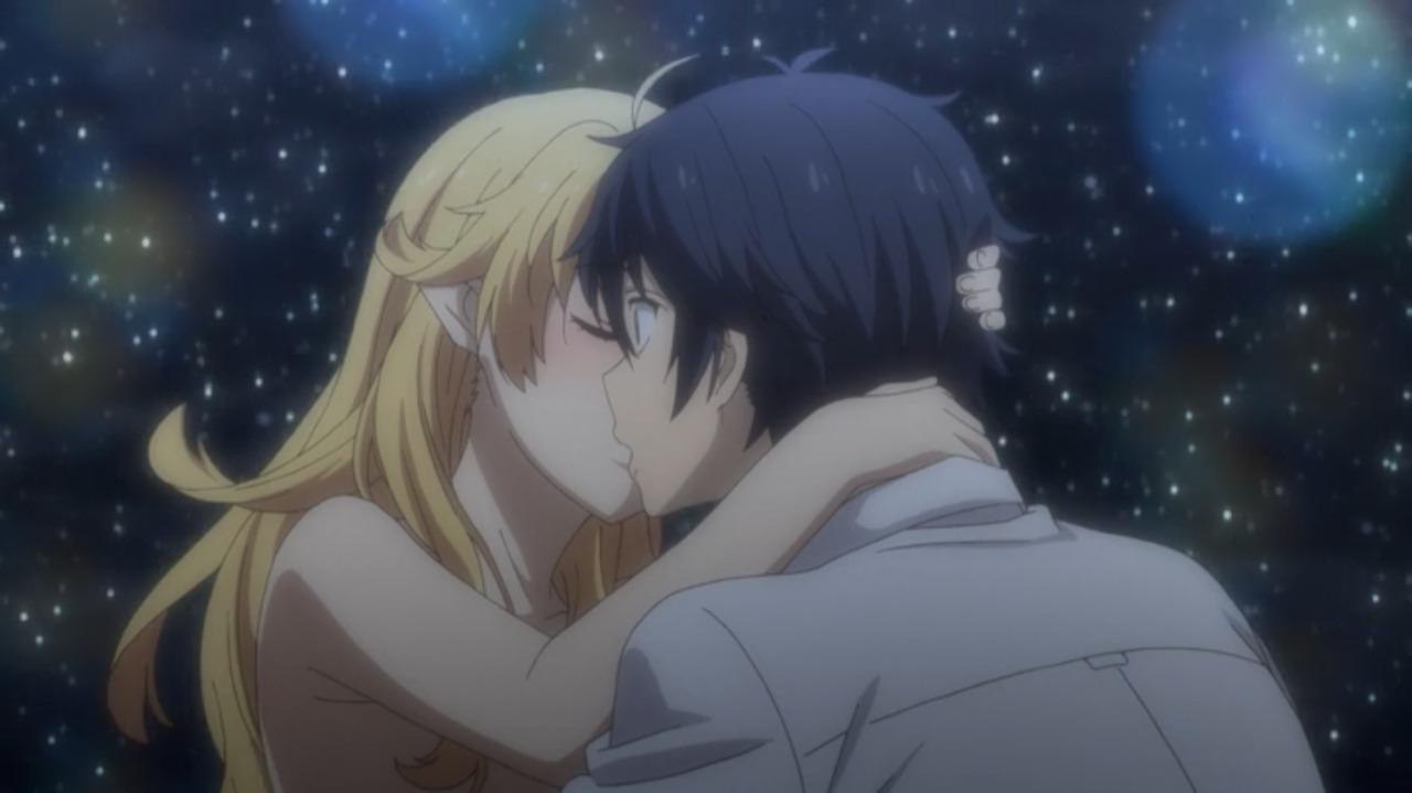 謎の少女とたくやがキスをする